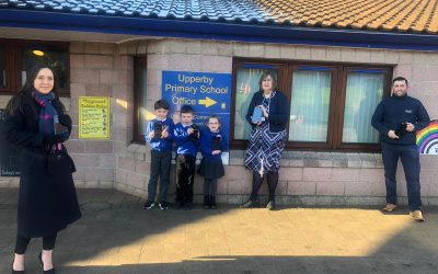 Story Homes donate tablets to local school.